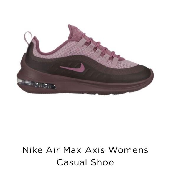Nike Air Max Axis Womens Casual Shoe sz 9.5